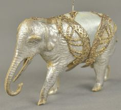 * SILVER ELEPHANT WITH CIRCUS TRIM : Lot 1449