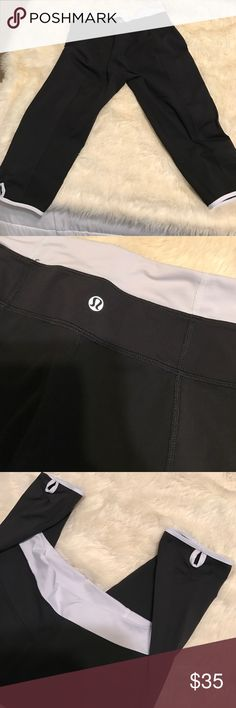 Lululemon crops Worn twice, perfect condition, no suze tag but they're size 4 lululemon athletica Pants Capris