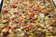 Jak upéct houbovou pizzu na plech | recept Hawaiian Pizza, Dumplings, Quiche, Hamburger, Bread, Vegetables, Food, Hampers, Brot