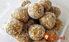 Recipe Healthy Apricot, Nut & Seeds Bliss Balls by trillylilly, learn to make this recipe easily in your kitchen machine and discover other Thermomix recipes in Desserts & sweets. Healthy Treats, Healthy Recipes, Healthy Foods, Dairy Free Snacks, Thermomix Desserts, Chia, Bliss Balls, Protein Ball, Muesli