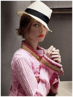 https://pleasurephoto.files.wordpress.com/2012/05/steven-meisel-vogue-january-2008-natalia-vodianova.jpg
