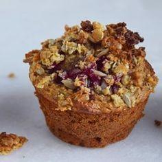 Jeg har netop taget sådan én her op af fryseren. Den er perfekt som eftermiddagsmad til Ellinor. Sunde muffins, der smager så godt Link til opskrift i profil. #muffin #sundmuffin #morgenmadsmuffin #eftermiddagsmad #morgenmad #madtilbørn #cathrinebrandtdk