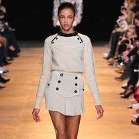 La francesa presenta una colección cómoda pero con toques sexy que sin duda veremos clonada una vez más por las grandes cadenas de 'fast fashion'.