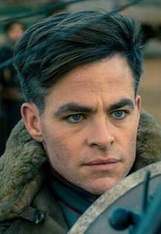 Chris Pine, WW