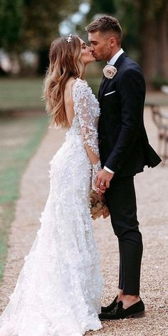24 Gorgeous Spring Wedding Dresses ♥ What are features wedding dresses with architectural details? Spring wedding dresses have strict, geometric shape and laconic minimalism in details. #wedding #bride #weddingdress #weddingforward Western Wedding Dresses, Black Wedding Dresses, Wedding Dress Sleeves, Princess Wedding Dresses, Ball Dresses, Ball Gowns, Dresses Dresses, Flower Dresses, Summer Dresses