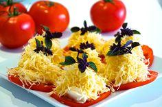 Pomidory z czosnkiem i serem