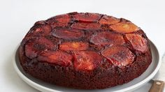 Tarte tatin meets gingerbread cake in this pretty Apple-Molases Upside-Down Cake.