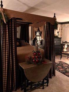 primitive country decorating a livingroom Primitive Country Bedrooms, Primitive Bathrooms, Primitive Homes, Primitive Kitchen, Country Primitive, Primitive Decor, Primitive Bedding, Primitive Curtains, Primitive Antiques