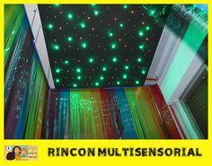 Rincón multisensorial con luces de colores