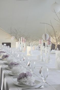 H j e m m e K o s: Dåp 11.11.12 Christening Party, Bridal Table, 18th Birthday Party, Wedding Reception Tables, Wedding Decorations, Table Decorations, Pink Parties, Wedding Colors, Diy And Crafts