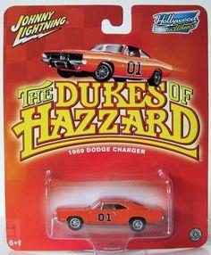 Johnny Lightning Hollywood on Wheels General Lee 1969 Dodge Charger