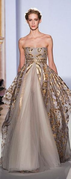 Zuhair Murad Haute Couture Spring 2013. This is such an elegant, timeless piece with the use of soft tones and delicate golden flake appliques.