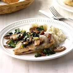 https://cdn2.tmbi.com/TOH/Images/Photos/37/300x300/Spinach-and-Mushroom-Smothered--Chicken_EXPS_SDFM18_39907_C10_10_4b.jpg