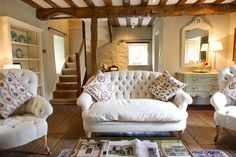 Cottage, old cottage, cottage homes, english cottage interiors, english cot Old Cottage, French Cottage, Cottage Homes, Cottage Style, Cottage Ideas, Cottage Living Rooms, Home And Living, Living Spaces, Salons Cottage