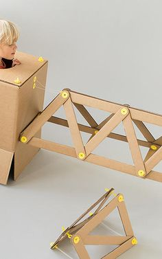 Get your kids making early! These cool DIY toys are the perfect introduction to STEM, arts, and other important building blocks. These toys are fun for everyday play or for larger events like birthday parties and after school groups! Diy Mechanical Toys, Diy For Kids, Gifts For Kids, Little Architects, Diy Karton, Cardboard Toys, Cardboard Furniture, Kids On The Block, Maker
