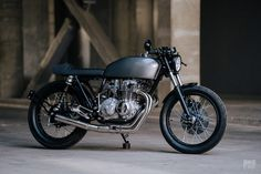 Lightly caffeinated: A CB400F from Mokka Cycles | Bike EXIF Cb Cafe Racer, Cafe Racer Motorcycle, Cafe Racers, Honda Bikes, Honda Cb, Cafe Style, Cool Cafe, Cool Motorcycles, Bike Art