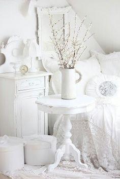 lovely #shabby #white #bedroom Le tentation de Nina