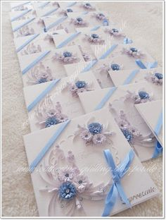 I assume that this was a custom order for these beautiful Wedding Cards - by: Quilling of Catherine - http://www.catherine-quilling.blogspot.de/