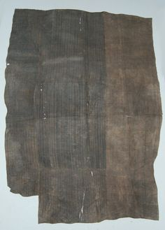 Africa | Cloth made of grass.