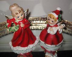 (2) VINTAGE NAPCO ANGEL GIRLS  WREATH MUSICIAN  CHRISTMAS FIGURINE JAPAN