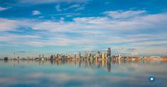 Seattle skyline | by Ilya Korzelius