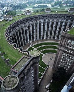 Building complex called 'Les Espaces d'Abraxas' in Noisy Le Grand, Paris, France. The complex has three parts: the Palacio, a high-rise apartment building and the central space which is an  open-air theater. Architect: Ricardo Bofill (📷 Jeroen van Dam) http://bit.ly/2sCewB2