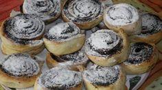 Kakaové slimáky s fantastickou sladkou naplňou a posypané práškovým cukrom! - Báječná vareška Cheesecake, Muffin, Ale, Breakfast, Recipes, Food, Basket, Morning Coffee, Cheesecakes