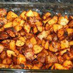 Jamie Oliver – A legfinomabb tepsis krumpli, recept Jamie Oliver, Meat, Chicken, Ethnic Recipes, Food, Essen, Meals, Yemek, Eten