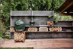 Gardenplaza: Outdoorküche - Kochen unter freiem Himmel (Foto: epr/WWOO/Tobias Woggon) Outdoor Lounge, Outdoor Decor, Tobias, Inspiration, Home Decor, Patio, Wood Stone, The Great Outdoors, Lounge Seating