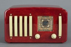 Emerson EP-375 Catalin Radio in oxblood