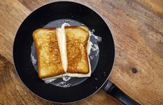Try This Cauliflower Bread Grilled Cheese #NationalGrilledCheeseDay
