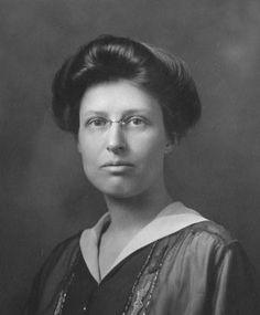 La astrónoma Margaret Harwood (1885-1979) nació un 19 de marzo.