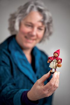 Polly Doll was born to travel in 2012 and has spent her whole life stowed away in a backpack, journeying around the world. She likes to wear a different outfit for each trip. Her cousin Rosie start…