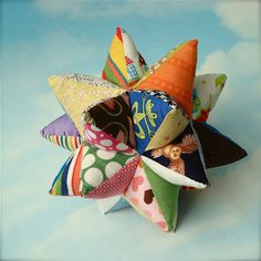 Homemade Modular Star baby toy - this is awesome! Will probably take a lot of pa. ♡ Homemade Modular Star baby toy - this is awesome! Will probably take a lot of patience to make. Fabric Toys, Fabric Crafts, Homemade Baby Toys, Montessori Baby Toys, Baby Rattle, Stacking Toys, Diy Toys, Cool Baby Stuff, Toddler Toys