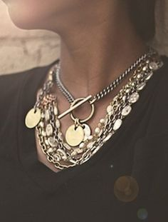 Layers // Jewelry | Funky Jewelry - Capture Necklace