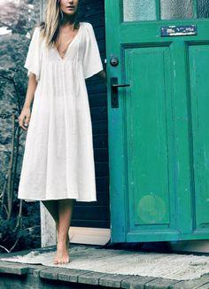 d1aed57eb91 Emma Elwin. White Linen DressesCotton DressesSimple Summer ...