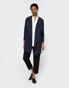 Creative Young Professional Young Professional Fashion, Corporate Women, Simple Style, Business Casual, Dressing, Normcore, Coat, Creative, How To Wear