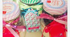 Un kit prêt à offrir pour réaliser de délicieux cookies aux pépites de chocolat. Idéal pour les cadeaux gourmands de fin d'année