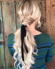 42 Chic Short To Long Wavy Hair Styles - Toptrendpin Side Braid Hairstyles, Teen Hairstyles, Pretty Hairstyles, Updo Hairstyle, Hairstyle Ideas, Amazing Hairstyles, Summer Hairstyles, Wedding Hairstyles, Cool Braids