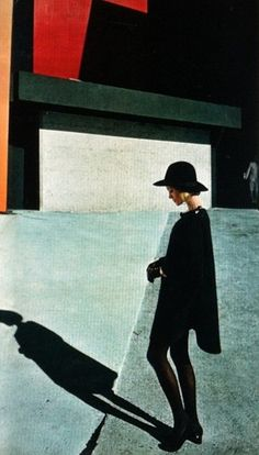 blueberrymodern: willy van rooy, elle - helmut newton photo