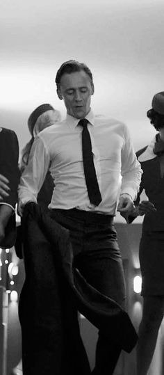 Dr. Laing dancing. Tom Hiddleston levitates when he dances. I am actually not surprised at all.