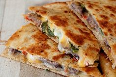 Jalapeno Popper Steak Quesadilla- never roasted a jalepeno before, but it turned out sooo good! Just got the bag of precooked steak strips and some taco bell brand chipolte sauce added to it, so yummy, was great for lunch!