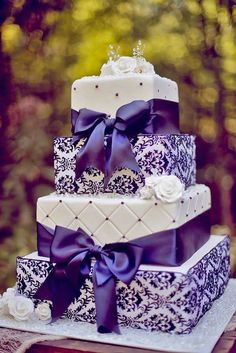Halloween wedding cakes wedding cakes with ribbon bow Fall wedding cakes 2014 valentine's day ideas Purple Cakes, Purple Wedding Cakes, Fall Wedding Cakes, Elegant Wedding Cakes, Elegant Cakes, Beautiful Wedding Cakes, Gorgeous Cakes, Wedding Cake Designs, Pretty Cakes
