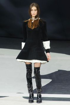 Thigh-high patent boots at Chanel, Fall 2013 #PFW #BlackandWhite