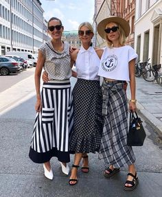 Inspiration Image Only Women's Summer Fashion, Fashion Week, Fashion 2020, Skirt Fashion, Fashion Looks, Fashion Moda, Mode Outfits, Chic Outfits, Fashion Outfits