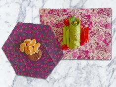 These wraps are ideal as school lunch pack wraps.  One rectangle 30x22cm, ideal for small sandwiches, or wraps. One medium hexagon  24cmx24cm, ideal for cut fruit, veg, protien balls or cookies. Of course they are aso good all rounders for general home use, for those smaller items such as half an avocado, lemon or cheeses.