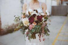Garden-Style Bouquet   Lindsey Myra   The Little Flower Farm AU   Alex Motta Photography