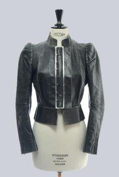 Meilleures Tableau Couture Sur 83 Images Haute Et Du Les Mode L3j4ARq5