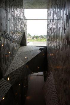 Niigata City Konan Ward Cultural Center / Chiaki Arai Urban and Architecture Design.