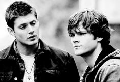 Beautiful bb boys in black and white. Dean and Sam Winchester. Sam And Dean Supernatural, Jared Padalecki Supernatural, Jensen Ackles Jared Padalecki, Supernatural Quotes, Sam Dean, Supernatural Fandom, Supernatural Wallpaper, Sherlock Quotes, Sherlock John